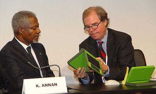 Kofi Anan (ENSz főtitkára), Negroponte (a projekt atyja)