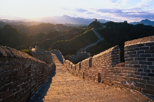 the_great_wall_-_by_bernard_goldbach.jpg